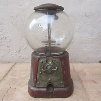 Antique gum ball machine needs glass globe - Coin Operated