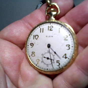 cool art deco style Elgin 12 size pocket watch