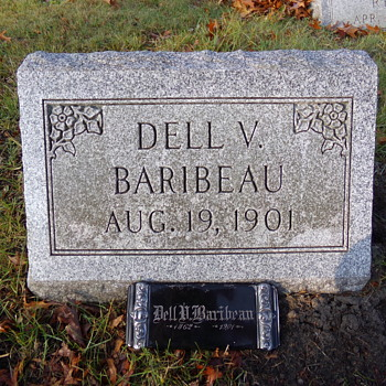 Dell's Grave - Photographs
