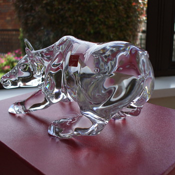 Baccarat Ox - Art Glass