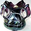 Art Nouveau Pallme-König 4 Leaf Handle Amethyst Threaded Vase