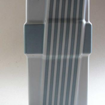 rosenthal studio line vase.... 1980s - Art Pottery
