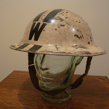British WWII Senior Wardens steel helmet. 1939 - Military and Wartime
