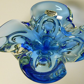 "Canadian Art Glass Ashtray""Lorraine"" Circa 1960-70"