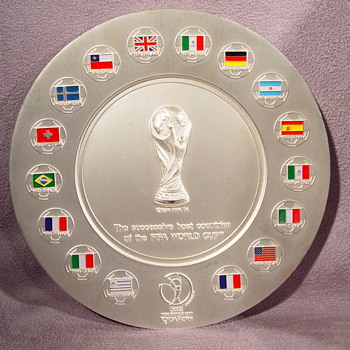 FIFA WORLD CUP SOCCER SUCCESSIVE HOST COUNTRIES PLATE ? - Sterling Silver