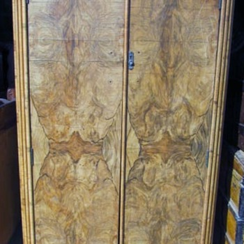 OLD CAMPHOR WOOD WARDROBE CLOSET