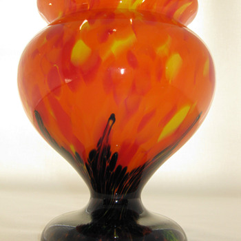 Czech Art Deco Glass Vase Orange Spattered with applied Blue pulled base ca. 1920's - Art Glass