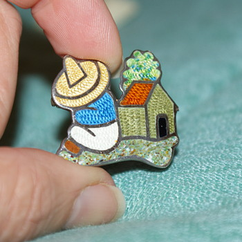 Mexican Silver and Enamel Vintage Pin Marked JF
