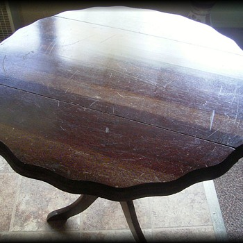 Small.............Double Drop-Leaf End Table - Furniture