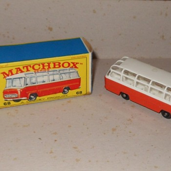 Mighty Matchbox Monday Mercedes Coach MB 68 - Model Cars