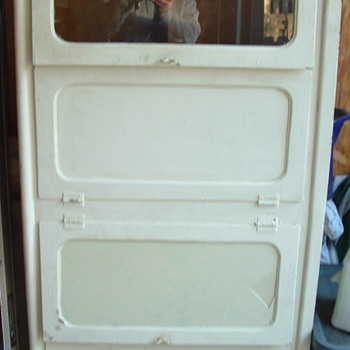 Metal Cabinet found on curb, What is it? - Furniture