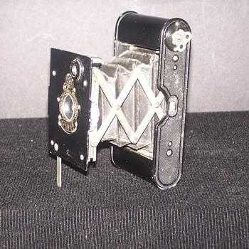 Eastman Kodak Pocket Camera 1916 - Cameras
