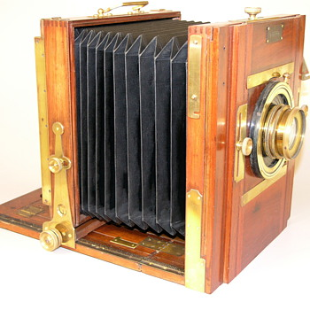 Demaria, J.  Chambre Carree.  Ca.1900.  French Tailboard Studio/Field camera. Whole Plate.