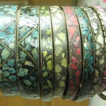 India bangle bracelets - from when? - Costume Jewelry