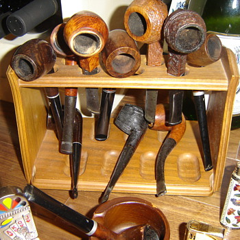 Pipe collection. - Tobacciana