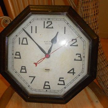 New Haven Co. Elm City Electric Wall Clock