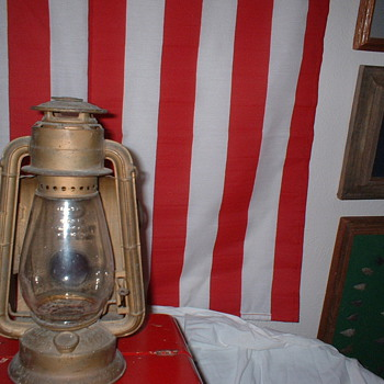 Wagon Lantern - Lamps