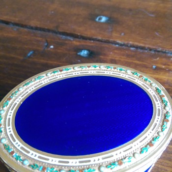 18th Century French snuff box
