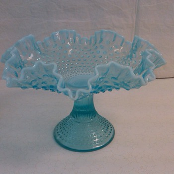STUNNING & RARE FENTON BLUE OPALESCENT HOBNAIL FRUIT STAND  - Glassware