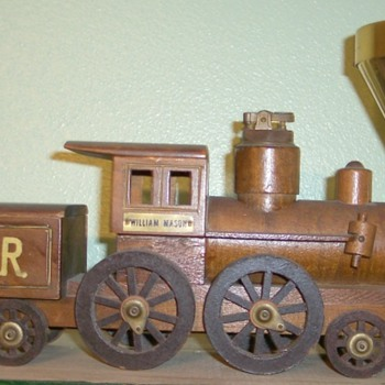 Locomotive Cigarette Holder,lighter and ashtray - Tobacciana