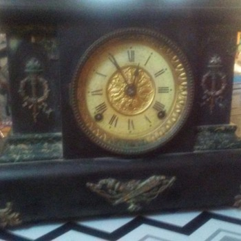 Need help identifying aSeth thomas mantel clock - Clocks