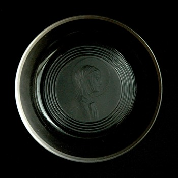 "french art deco glass ashtray ""sainte odile"" by RENE LALIQUE"