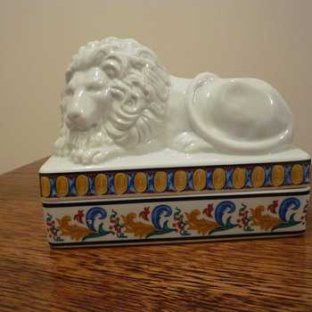 China Lion trinket box?