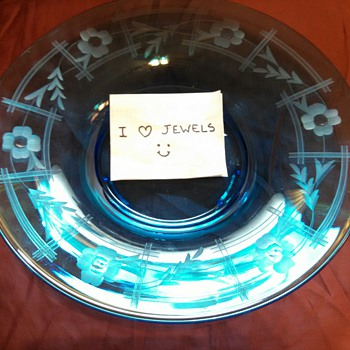 Blue Etched Glass Console Bowl......