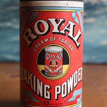 Royal Baking Powder Can
