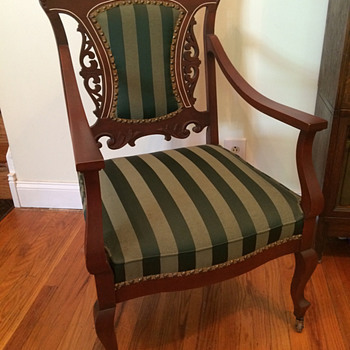 Victorian, Queen Anne, or another style? - Furniture