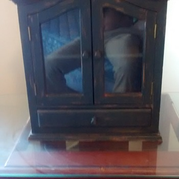 Sweet Haunted Cabinet 40's or 50's America - Furniture