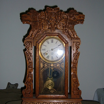 New Haven lion kitchen clock