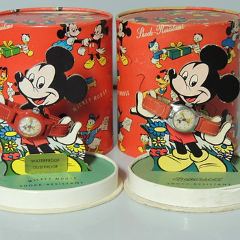 MICKEY WATCHES 1950S OVAL BOX - Wristwatches