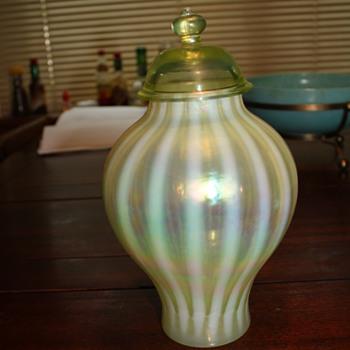 Pretty green vase