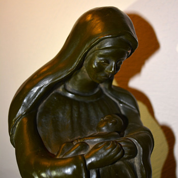 Madonna and Child Sculpture - Figurines