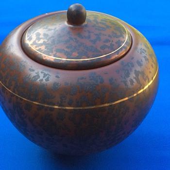 Stoneware/earthenware ?