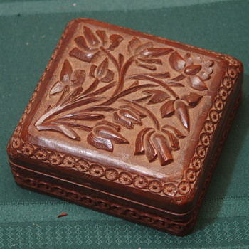 "Wooden box 5"" sq 3"" tall antique - Asian"