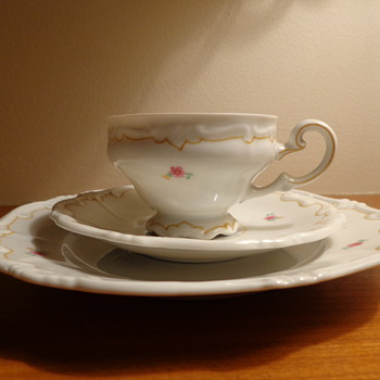 Weimar Porcelain: Please Help