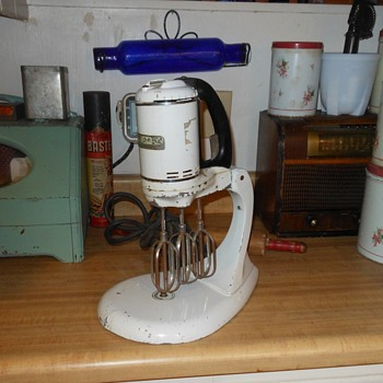 GE 149MB Triple Beater Mixer - Kitchen