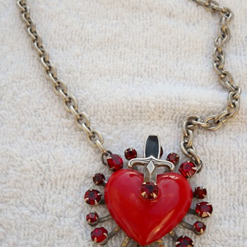 De Luxe NYC/A'dam Heart & Dagger Necklace - Costume Jewelry