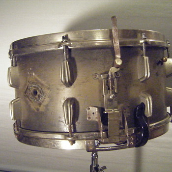SLINGERLAND RADIO KING snare drum - Musical Instruments
