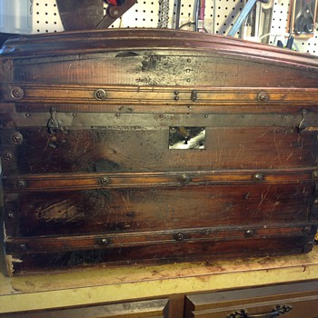 Civil War Era trunk?