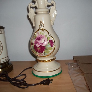 Old porcelain lamps, what year made?