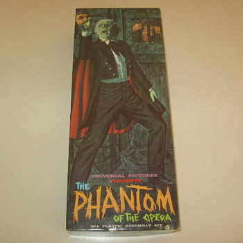 Aurora 1963  The Phantom Monster Model Kit - Toys