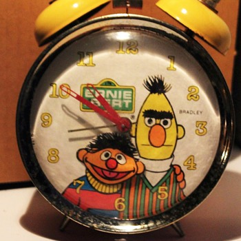 "Sesame Street Bert & Ernie ""Animated"" Alarm Clock - Clocks"