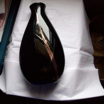 VASE  Black Beauty w/ a copper color metallic stripe...signed & dated - Art Glass
