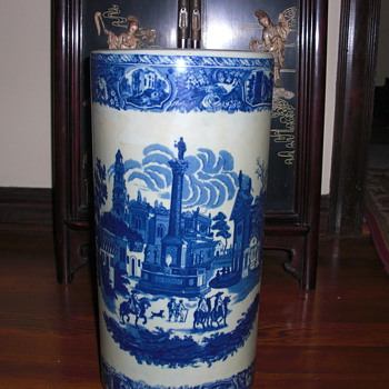 porcelain umbrella stand, United Wilson mark
