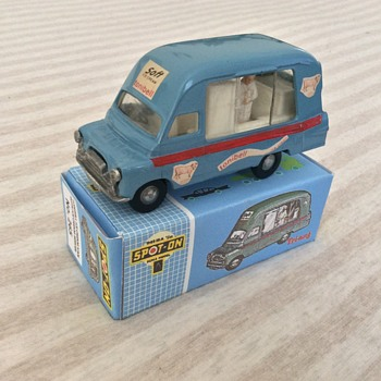 Tri-ang Spot on model Tonibell Ice Cream van - Model Cars