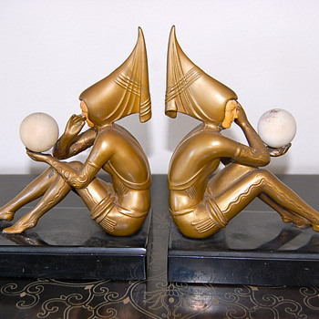 ART DECO PIXIE FAIRY GIRL BOOKENDS - Books