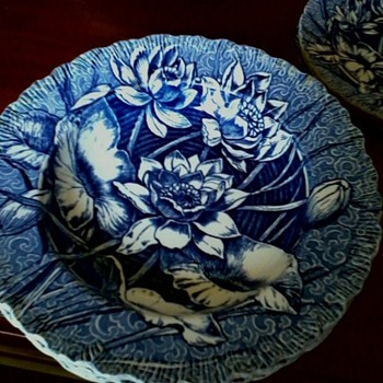 wedgwood water lily - China and Dinnerware